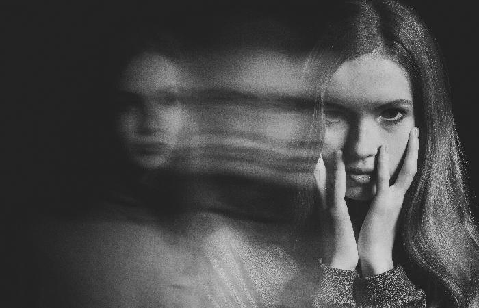 Dissociative Identity Disorder Diagnosis and Treatment